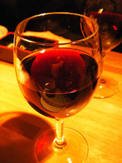 Wine_flickr_65107283_40e5caa2ec_m